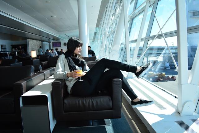 15 hour flight style  - youmademelikeyou.com