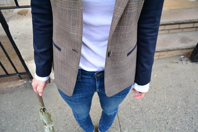 Rainy day outfit via youmademelikeyou.com Madewell Jeans, Club Monaco Blazer