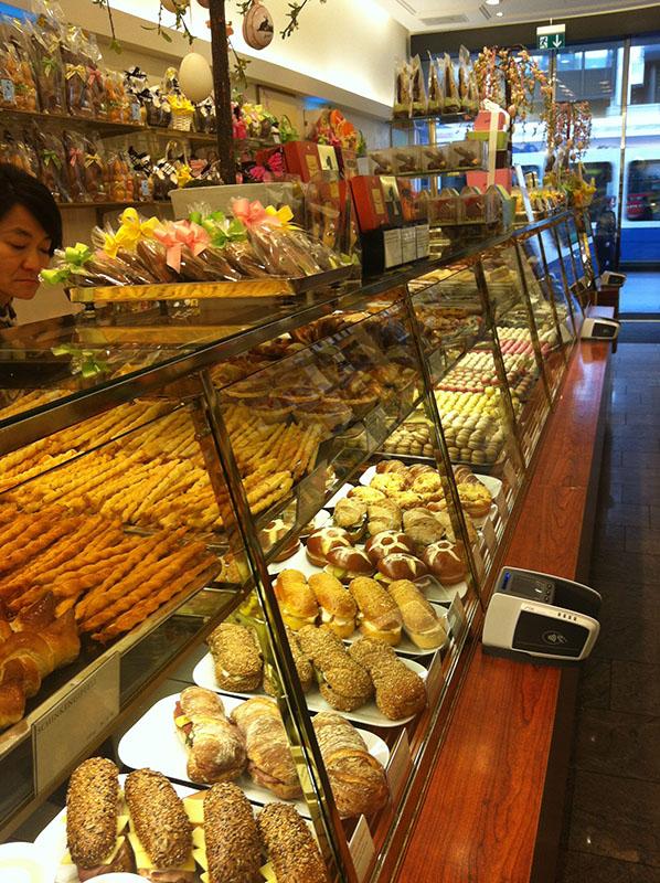 Zurich Switzerland via youmademelikeyou.com