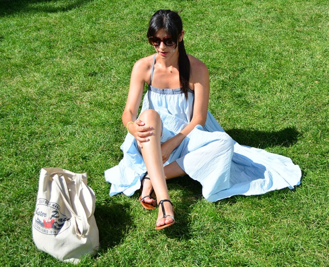 B.D. Baggies dress and Madewell sandals for a sunny day in June via youmademelikeyou.com