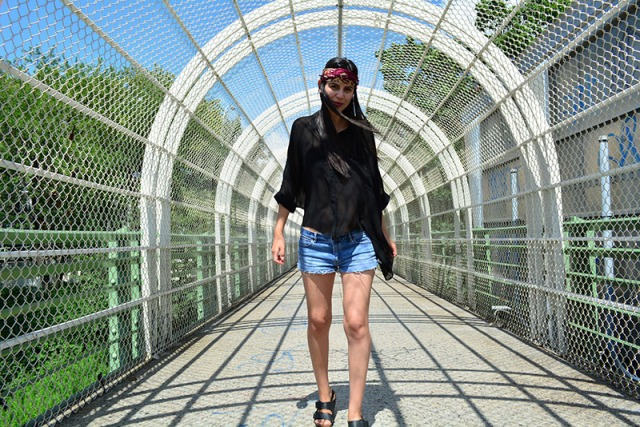 Out in Public - Black for Summer in Vero Moda, Missoni, TNA and Birkenstock via youmademelikeyou.com