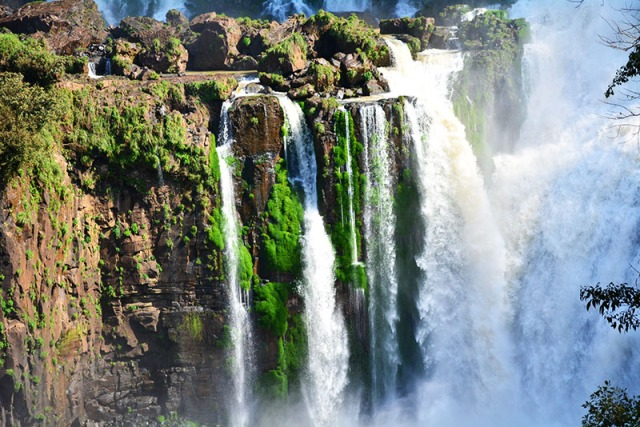 Iguazu Falls, Argentina via youmademelikeyou.com