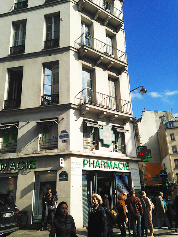 Citypharma, Paris, France via youmademelikeyou.com