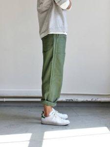 White Sneaker Outfit Inspiration via youmademelikeyou.com