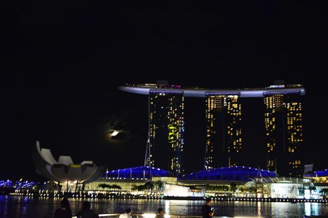 Marina Bay Sands Singapore via youmademelikeyou.com