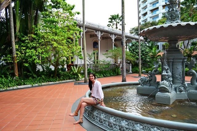Raffles Hotel Singapore via youmademelikeyou.com