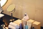 Conrad Hotel Tokyo via youmademelikeyou.com