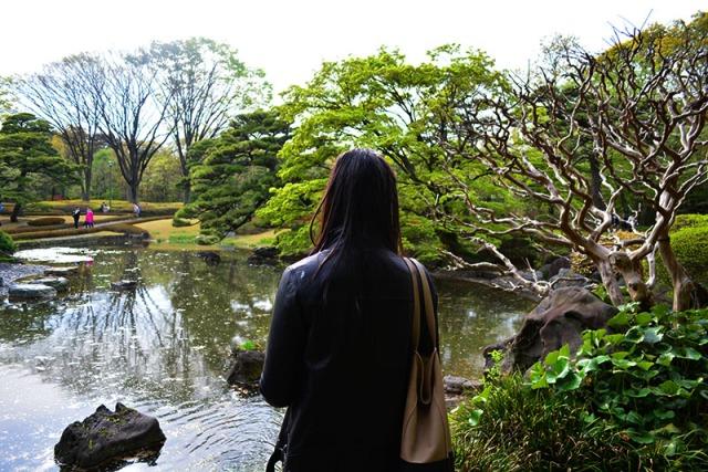Tokyo Imperial Palace, Japan  via youmadmelikeyou.com