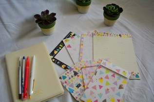 Stationary love inspiration via youmademelikeyou.com